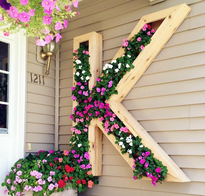3 Spring-Inspired DIY Projects To Do This Weekend --Monogram Planter.png