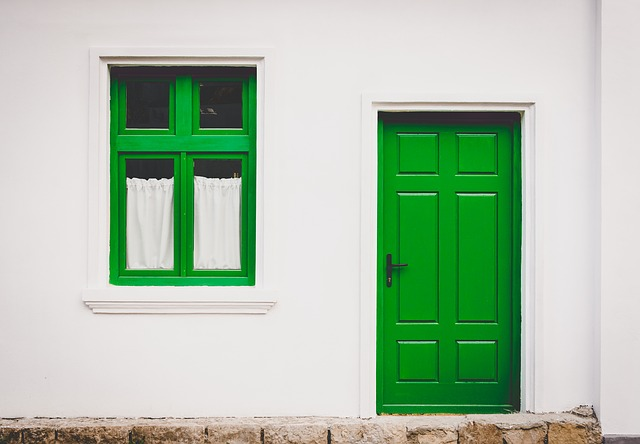 4 Curb Appeal Projects You Can Do This Weekend -- Paint The Front Door.jpg