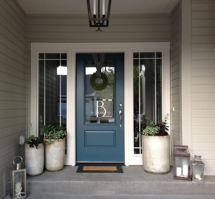 4 gorgeous ways to personalize your front entrance for Front entry storm doors