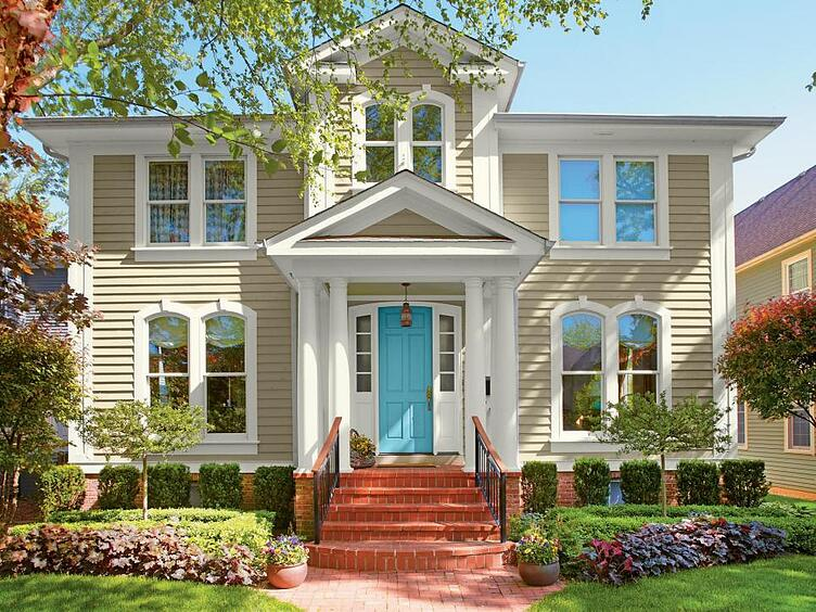 Exterior Paint Colors That Are Timeless | White.jpeg