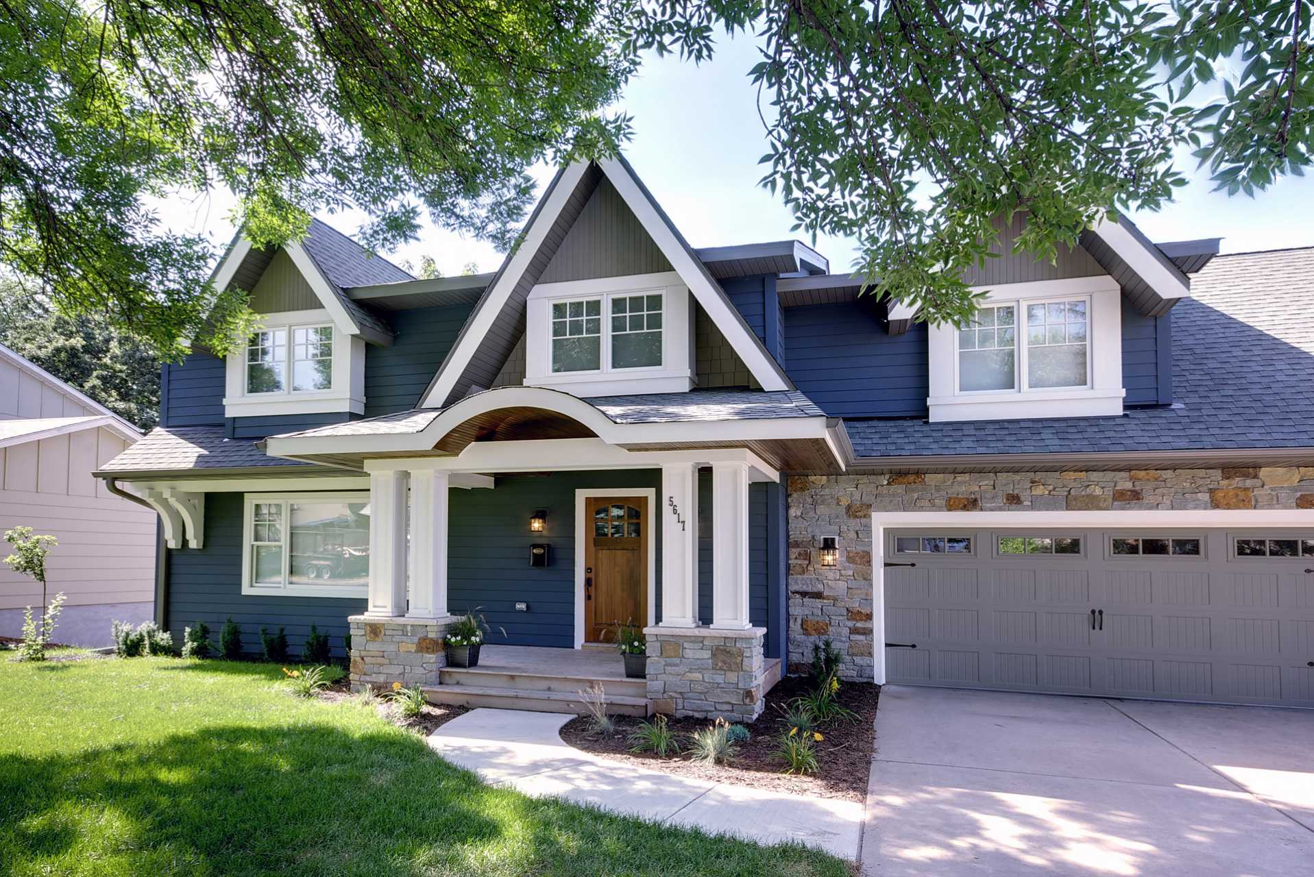 Exterior Paint Colors That Are Timeless -- Blue.jpg