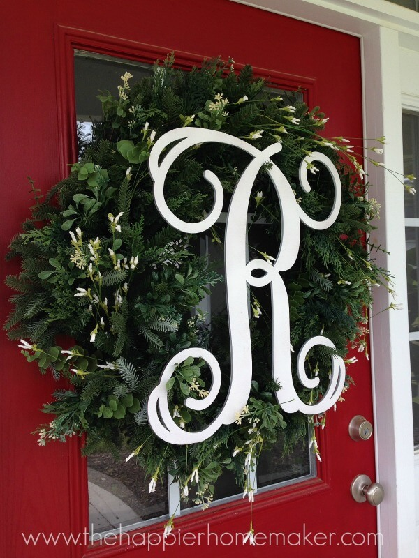 How_to_Hang_a_wreath_with_Suction_Cups.jpg
