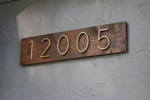 Larson House Numbers Finished Install