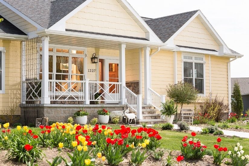 10 Reasons Why You Need A Storm Door