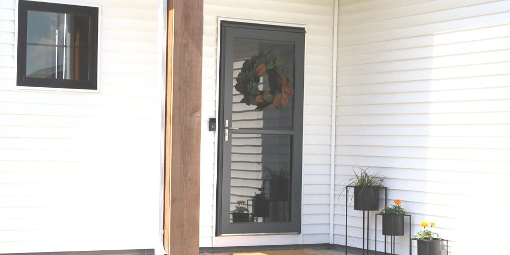 3 Ways to Hang A Wreath on a Storm Door