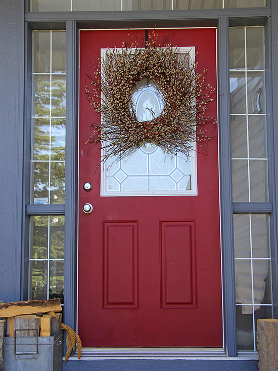 Front Porch Decor Ideas for the Holidays [Video]
